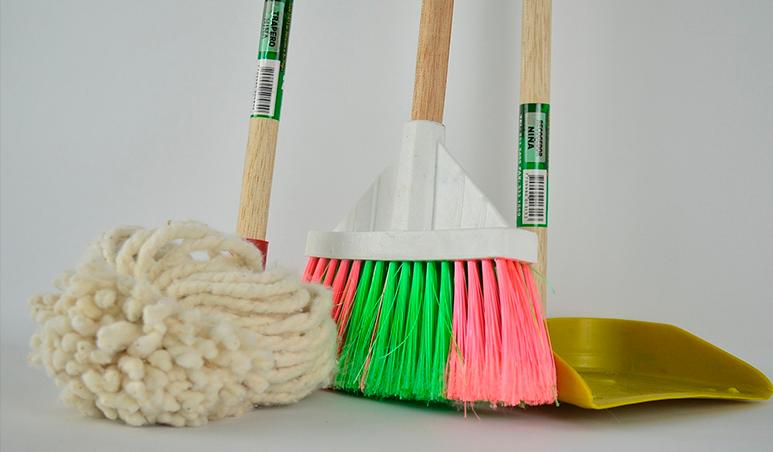 Cómo Un Conserje Mejorará La Limpieza De Tu Comunidad De Vecinos